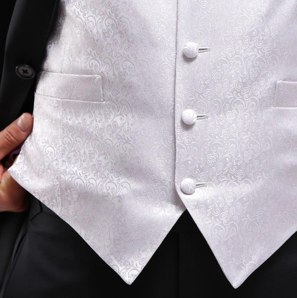 homme-chic-tailleur-clothing-queue-de-pie-grand-gauche-2-1